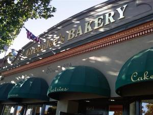 Greenlee's Bakery in San Jose - the best cinnamon bread in Silicon Valley