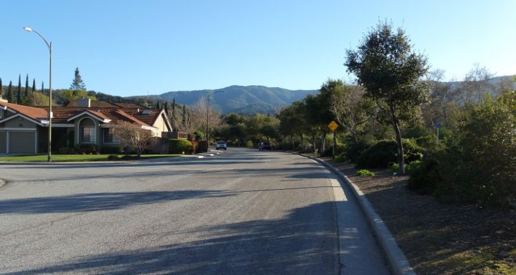 Oak Canyon street along the Guadalupe Creek