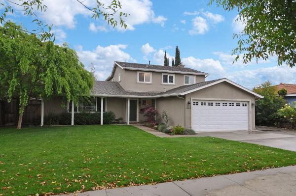 Oaktree Park Neighborhood in Almaden Valley area of San Jose