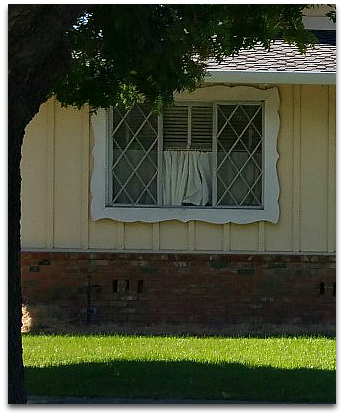 Drysdale tract original criss cross windows