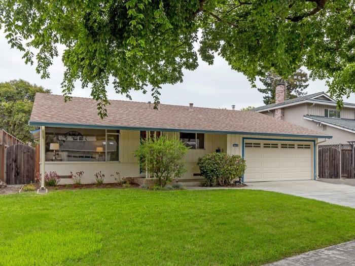 001 4843 Englewood Drive in Happy Valley neighborhood 1 - 001_4843 Englewood Drive in Happy Valley neighborhood
