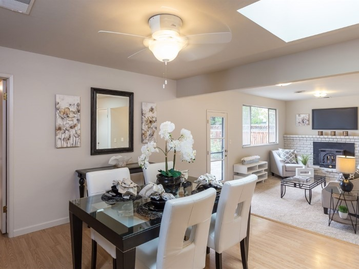 Dining Room in Country Lane neighborhood home for sale