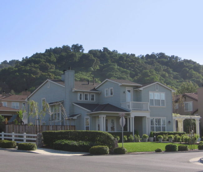3 Hertigage Grove Home near entrance