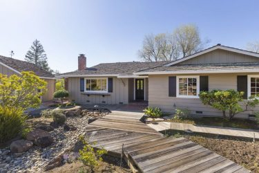 Oster Area Ranch Style Home
