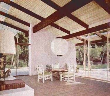 Popular Mechanics October 1958, p 130 on Archive.org. Indoor-outdoor living in one of Cliff May's modern designs.